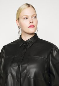 Noisy May Curve - NMHILL SHIRT CURVE - Blouse - black - 5