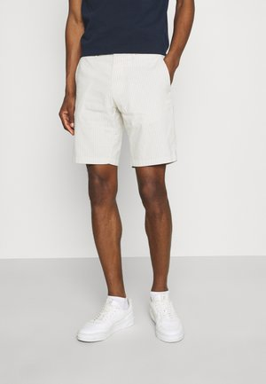 BROOKLYN DOBBY STRIPE - Shorts - sand
