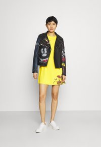 Desigual - LAS VEGAS - Jersey dress - yellow - 1