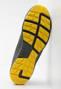 Haglöfs - L.I.M LOW PROOF ECO - Hiking shoes - magnetite/signal yellow - 4