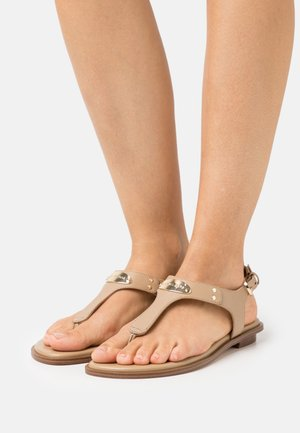 PLATE THONG - Sandales - camel