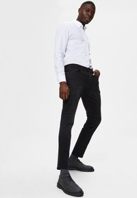 Selected Homme - Slim fit jeans - black denim - 3