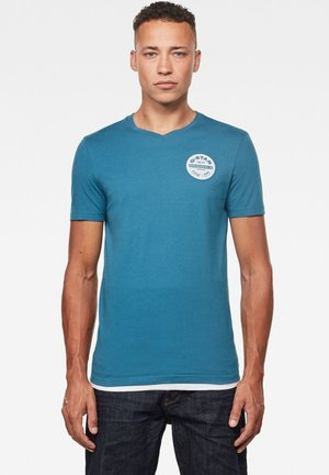 ORIGINALS LOGO SLIM ROUND SHORT SLEEVE - T-shirt print - cricket blue