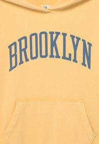 GAP - GIRL - Sweatshirt - havana yellow - 2