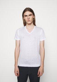 120% Lino - SHORT SLEEVE - Jednoduché triko - white - 0