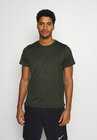 Nike Performance - DRY SUPERSET - T-shirt - bas - sequoia/black - 0
