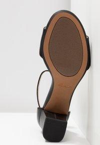 Clarks - DEVA MAE - Sandals - black - 6