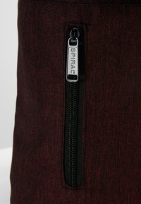 Spiral Bags - TRIBECA - Batoh - crosshatch burgundy - 8