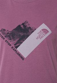 The North Face - NEW CLIMB TEE - Triko spotiskem - pikes purple - 2