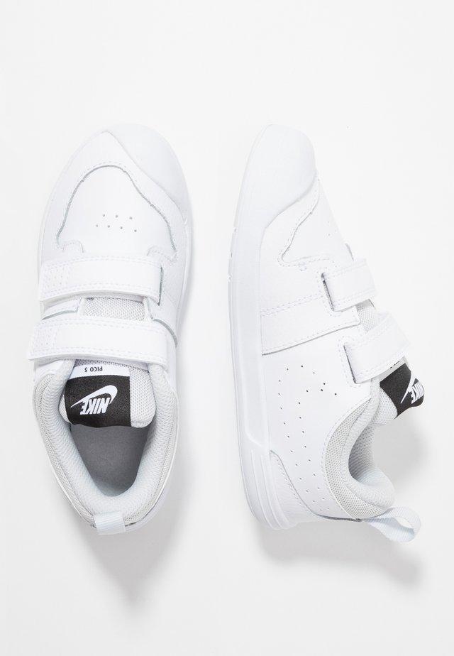PICO 5 UNISEX - Chaussures d'entraînement et de fitness - white/pure platinum