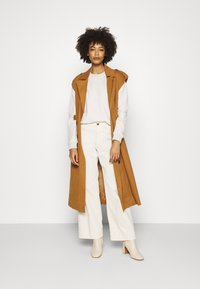 Marc O'Polo DENIM - LONGSLEEVE ROUNDNECK PLACED PRINT - Sweatshirt - beige melange - 1