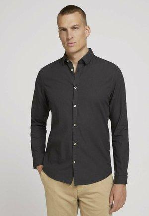 DOBBY  - Overhemd - black dark grey structure