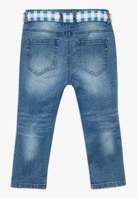 Benetton - TROUSERS BELT - Short en jean - blue denim - 1