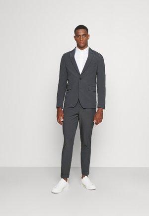 THE SUIT - Oblek - grey