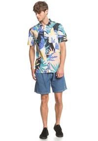 Quiksilver - TROPICAL - Shirt - snow white tropical flo - 1