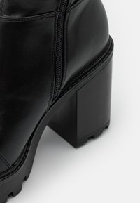 Even&Odd - Kozačky na vysokém podpatku - black - 5