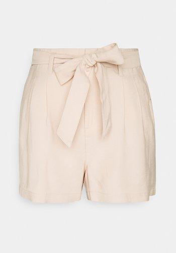 ONLMAGO LIFE - Shorts - mushroom