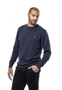 U.S. Polo Assn. - ADAIR - Stickad tröja - dark sapphire - 0