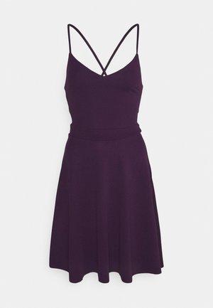 Žerzejové šaty - purple