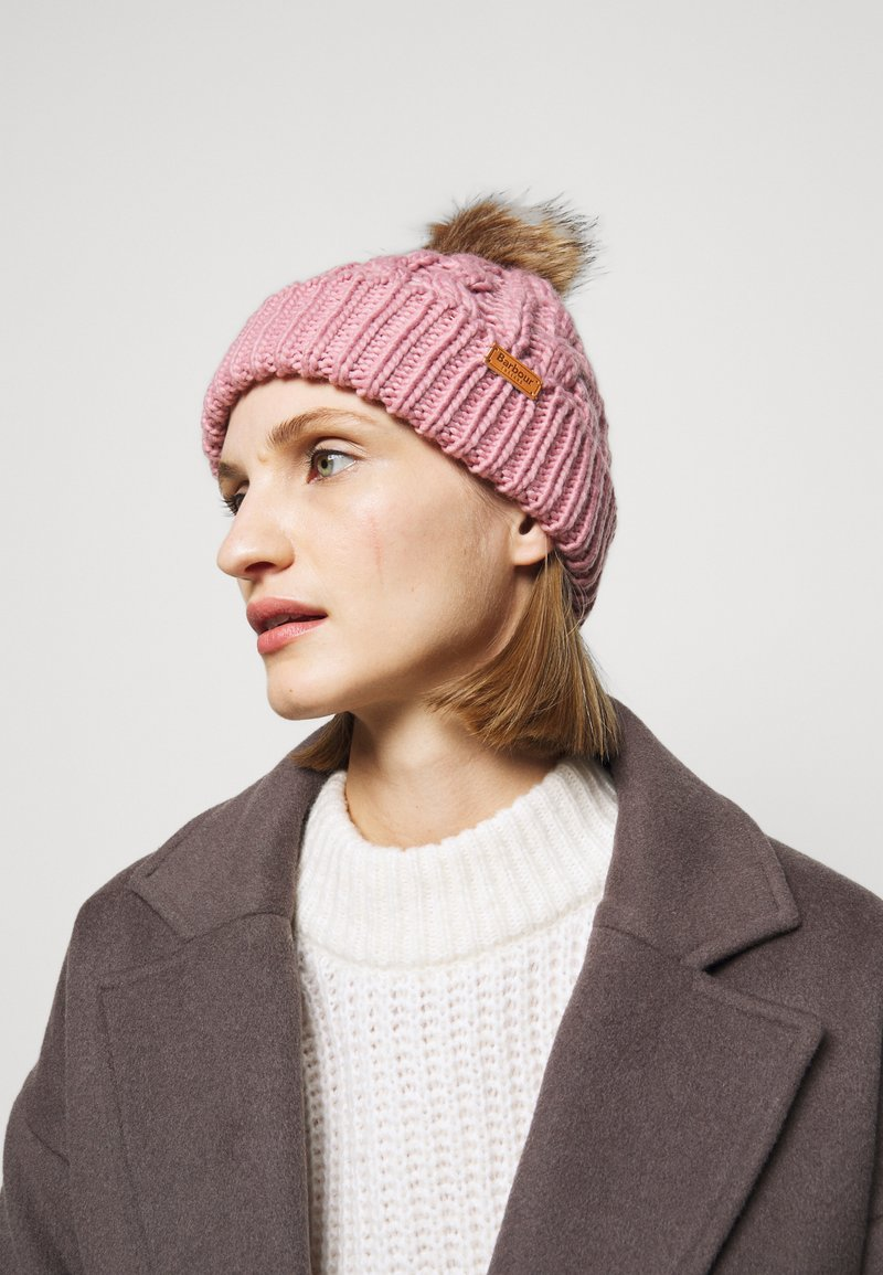 Barbour - PENSHAW CABLE BEANIE - Beanie - pink