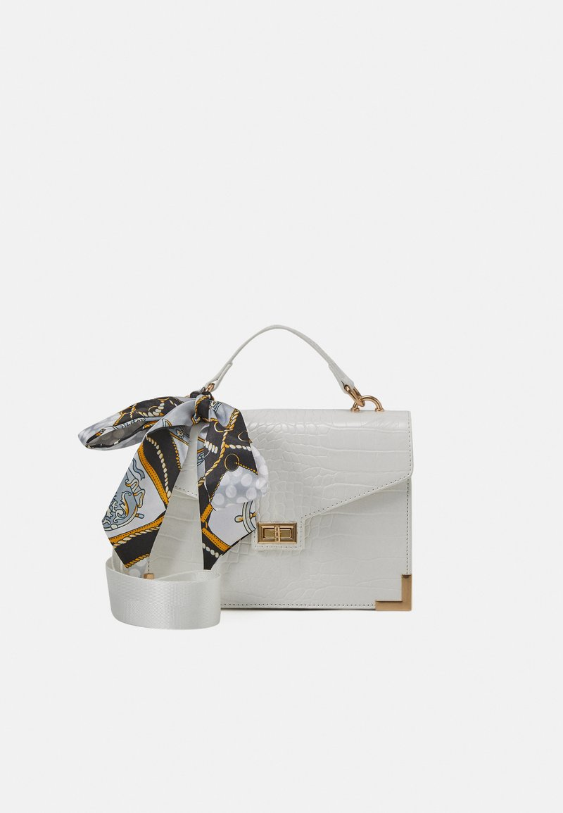 Pieces - PCABBELIN CROSS BODY - Kabelka - bright white/gold-coloured
