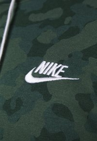 Nike Sportswear - CLUB HOODIE - Sweatshirt - galactic jade - 4