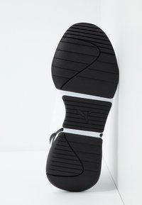 Puma - NOVA - Trainers - white/black - 6
