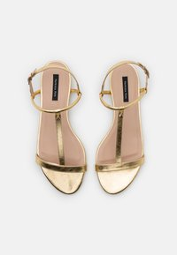 Patrizia Pepe - Sandals - gold star - 5