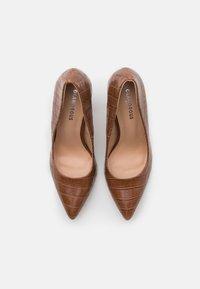 Glamorous Wide Fit - Lodičky na vysokém podpatku - brown - 5