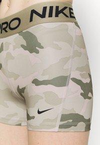Nike Performance - SHORT CAMO - Tights - beige/light green - 4