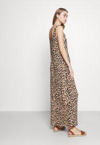 Vila - VISUN - Maxi dress - sand - 4
