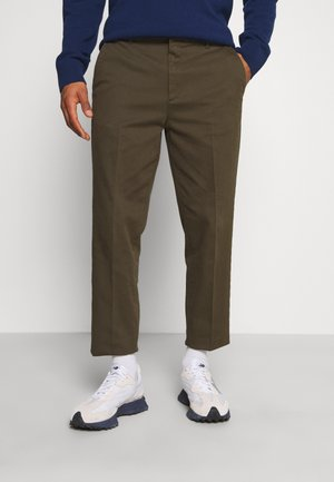 TIEN BUZZ PANT - Chinos - green