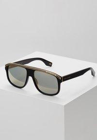 Marc Jacobs - Sunglasses - black - 0