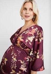 Hope & Ivy Maternity - KIMONO DRESS - Denní šaty - bordeux - 3