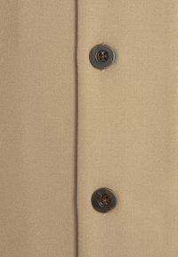 Libertine-Libertine - CAVE - Vapaa-ajan kauluspaita - khaki - 2