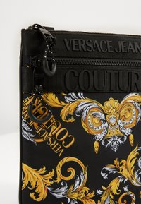Versace Jeans Couture - UNISEX - Across body bag - black/gold - 4