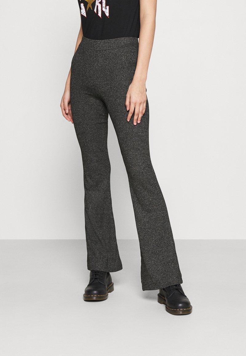 Vero Moda - VMKAMMA FLARED ABBY PANT - Trousers - dark grey melange