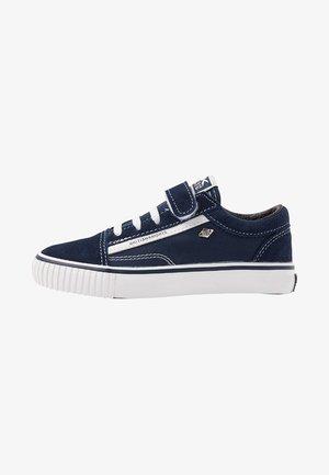 MACK  - Trainers - dark blue/white