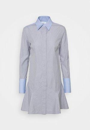 PATCHWORK FLOUNCE HEM SHIRT DRESS - Robe chemise - navy/white