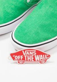 Vans - COMFYCUSH - Slip-ins - fern green - 5