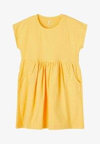 Name it - NMFDORTE - Jersey dress - sunset gold - 0