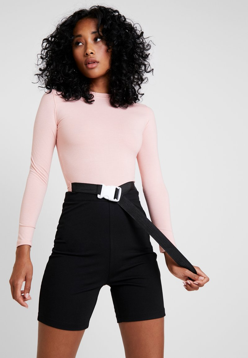 Missguided - LONG SLEEVED SEATBELT BODYSUIT - Long sleeved top - pink