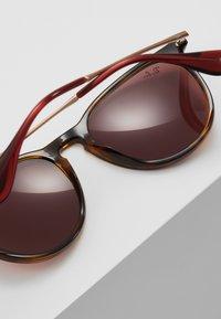 Ray-Ban - 0RB4171 ERIKA - Sunglasses - light brown - 4