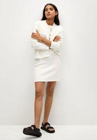 Mango - UPPER - Mini skirt - blanc - 1