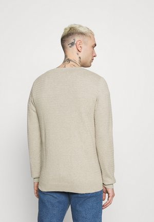 JJFINN CREW NECK - Stickad tröja - oatmeal/melange
