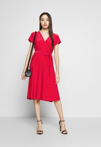 Wallis Petite - WRAP DRESS - Jersey dress - coral - 1