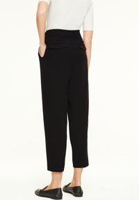 comma - Trousers - black - 2