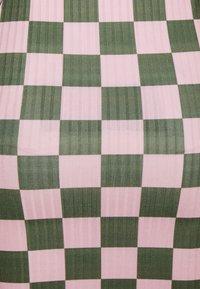 NEW girl ORDER - CHECKERBOARD MINI SKIRT - Mini skirt - pink - 2