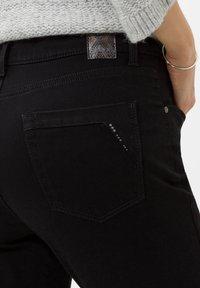 BRAX - STYLE MARY - Slim fit jeans - clean black black - 4