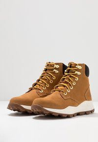 Timberland - BROOKLYN 6 INCH BOOT - Lace-up ankle boots - wheat - 2